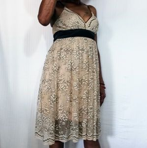KLD SIGNATURE OCCASION DRESS BLACK NUDE LACE LINED